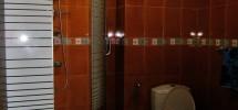 3 Bedroom Avalon Unit toilet