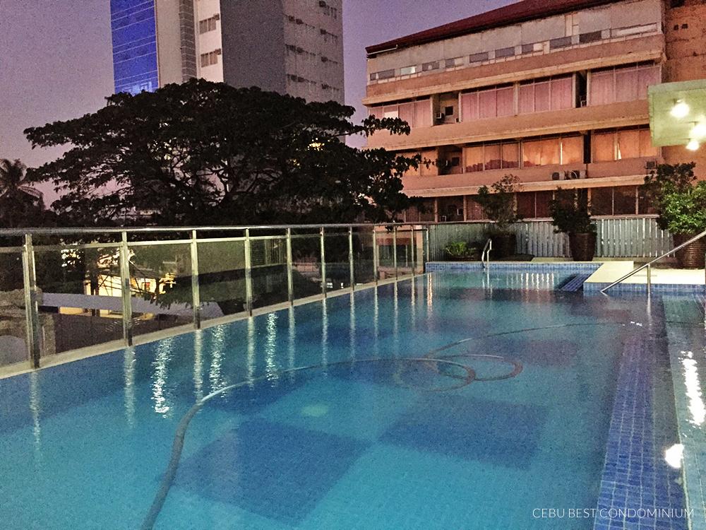 Baseline Residence Poolside